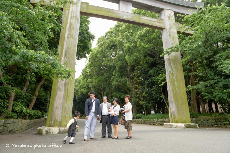 福岡市の護国神社でのお宮参り出張撮影