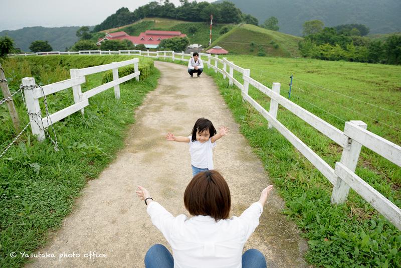 もーもーらんど油山牧場での家族写真