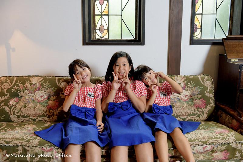 お揃いワンピースの三姉妹〜Sister JENNI