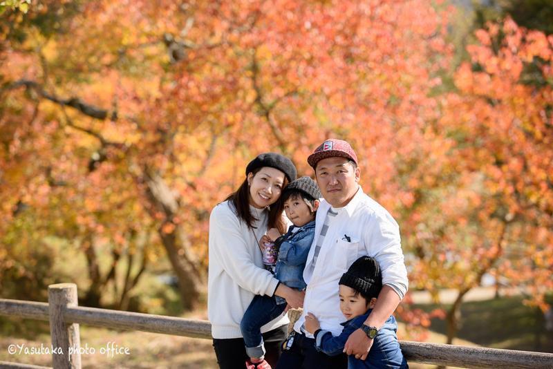 もーもーらんど油山牧場で家族写真撮影
