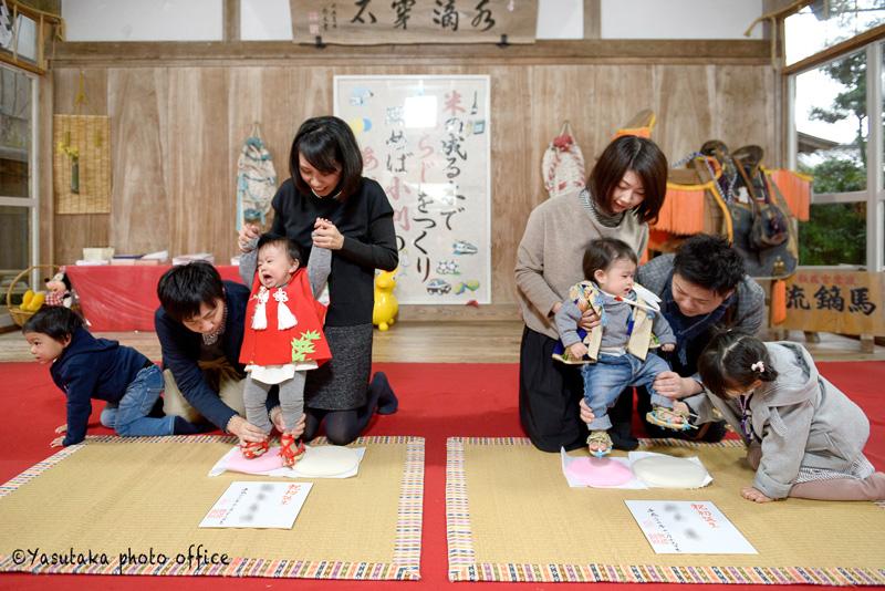 飯盛神社でのお餅踏み出張撮影