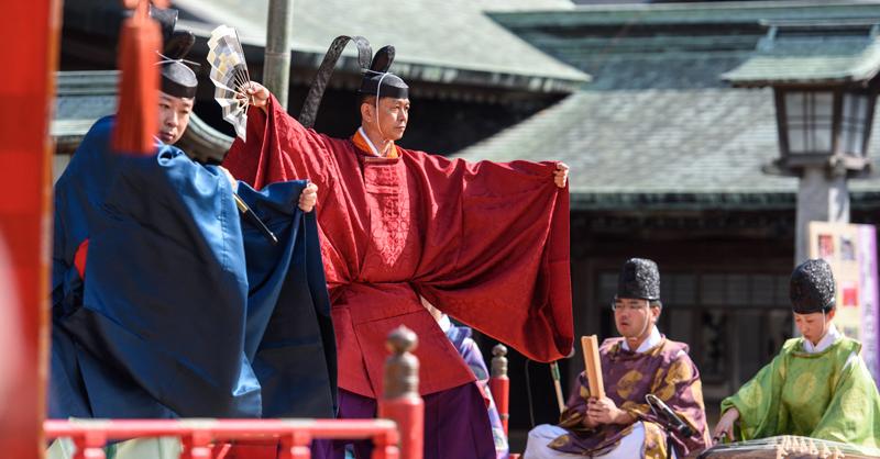 宮地嶽神社の御遷座記念祭 「筑紫神舞」